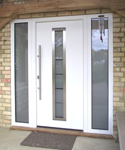 TPS750 thermopro plus in white with sandblasted glazed side lights